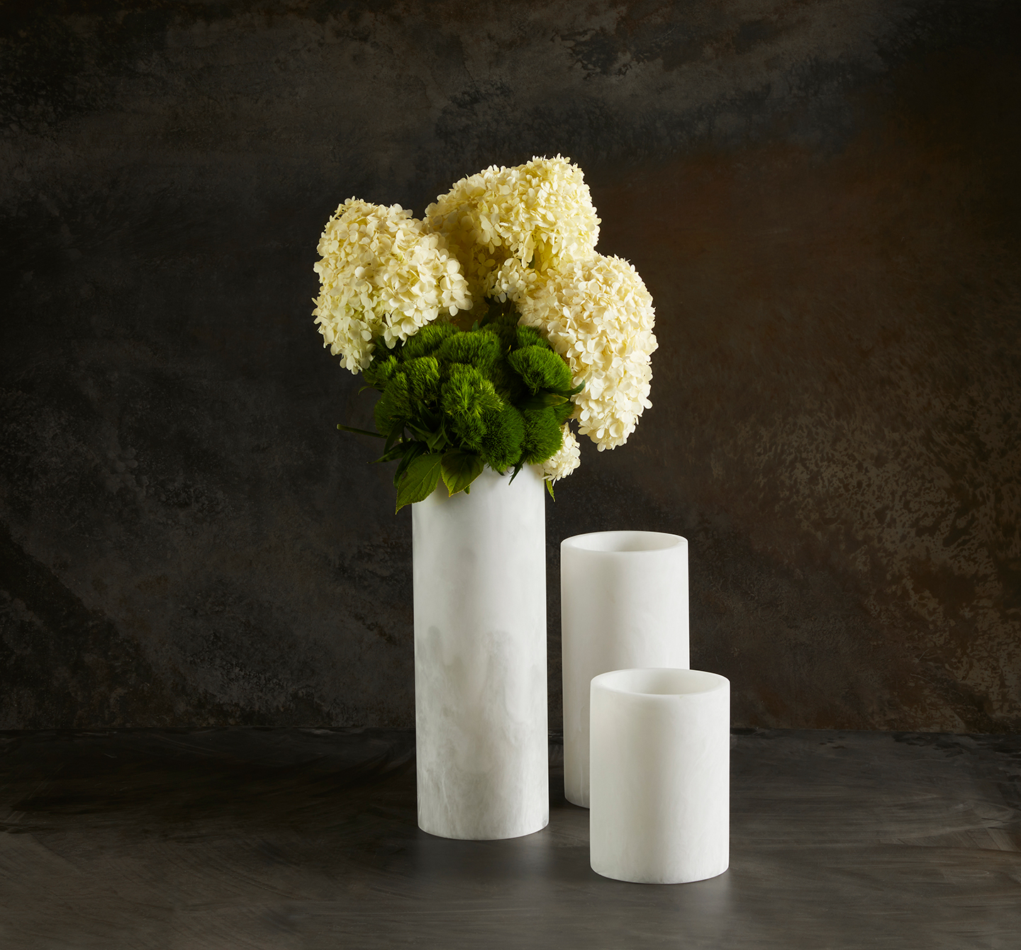 round contemporary flower vase