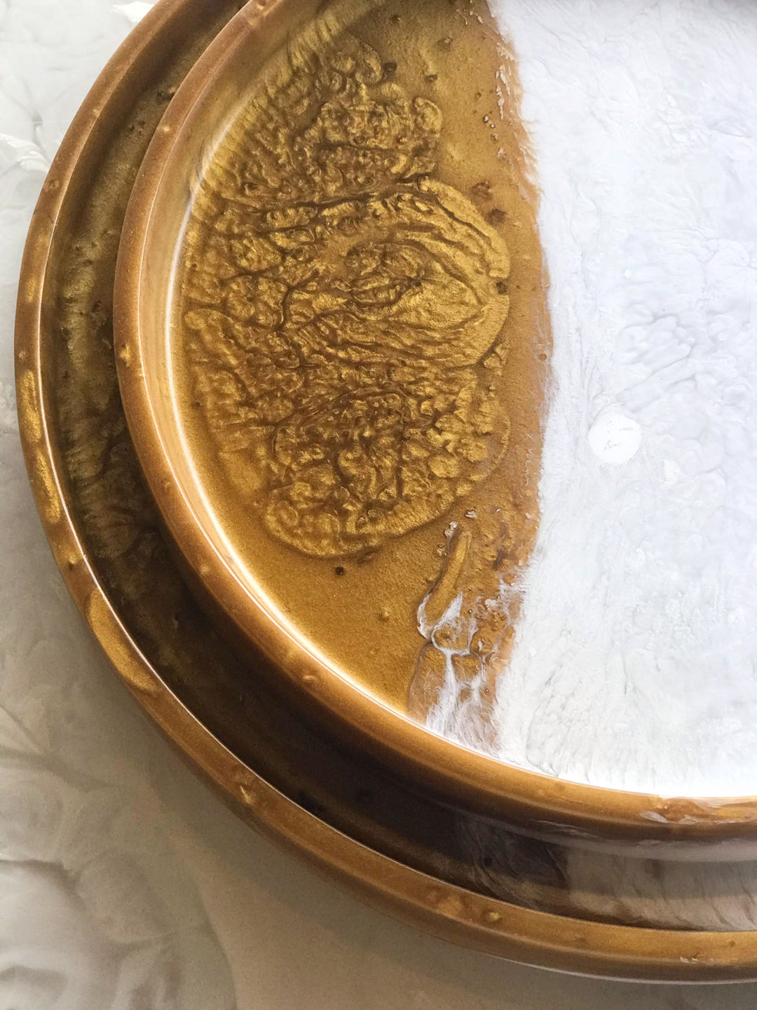 resin round table tray