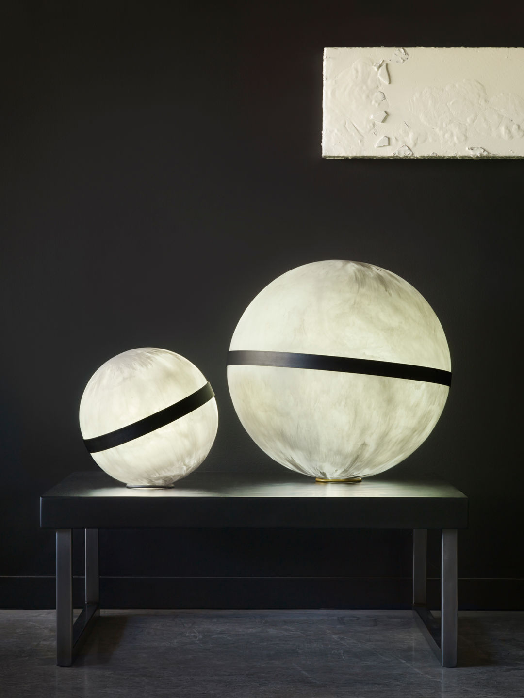 sphere lights on a table