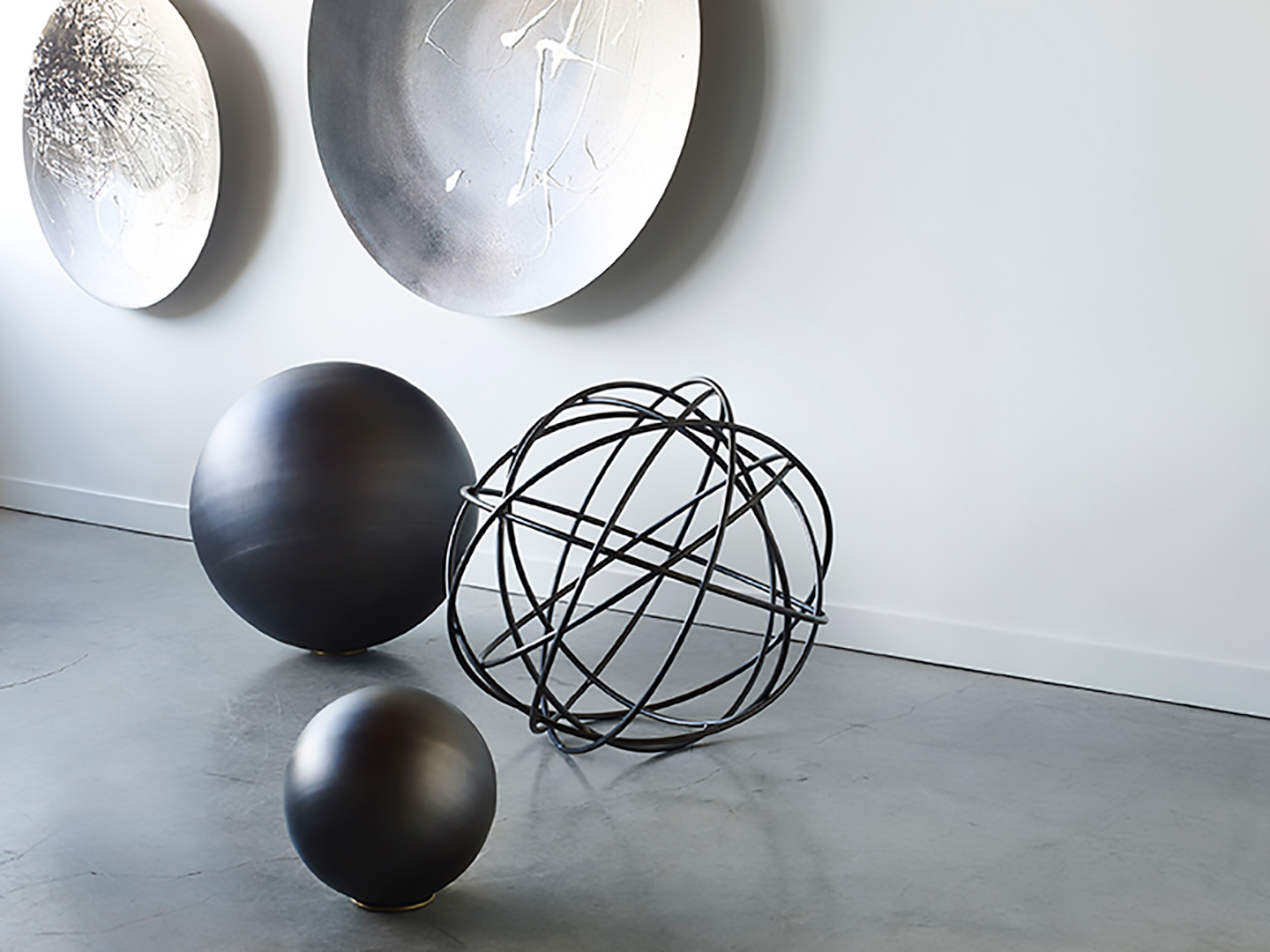 metal decorative spheres