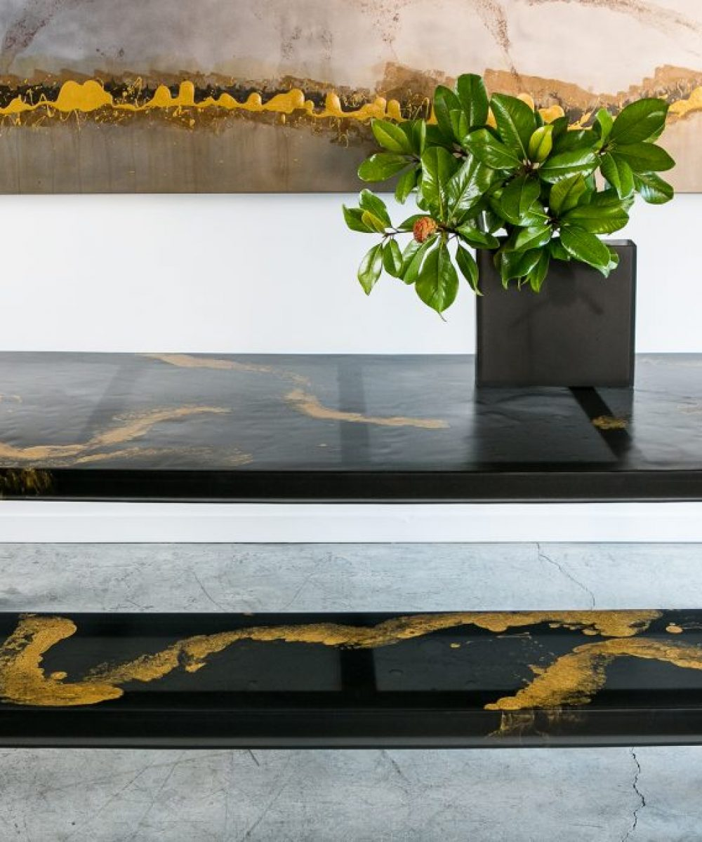 Sturdy Dining Table Charcoal and Gold Dual Pour